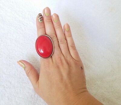 Tarina Tarantino Candy Apple Red Oval Statement Costume Jewelry Ring ONE SIZE