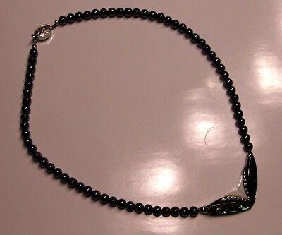schöne HalsKette mit schwarzen Muschelperlen u.  Abalone-Muschel Mittelstück NEU