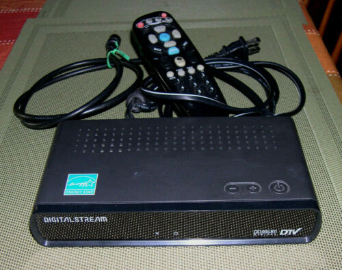 DIGITAL STREAM DTX9900 Digital to Analog TV Converter Box - USED