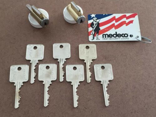 (2) Medeco Patriot Cylinders Deadbolt Lever Knob Locksmith Card Keys Brass