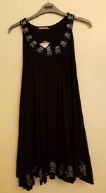 BLACK PUNKYFISH SKULL DRESS - SMALL
