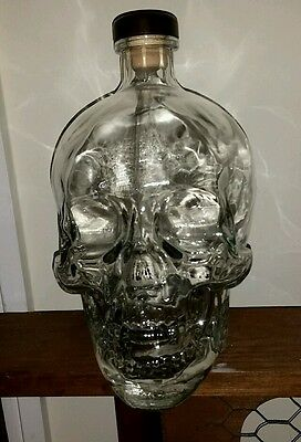 Crystal Head Vodka skull bottle Dan Aykroyd 1.75 L (large) with original box