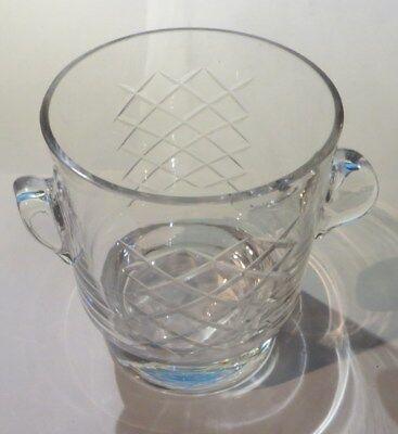 Bac à glaçons en verre ciselé – 1 éclat au bord