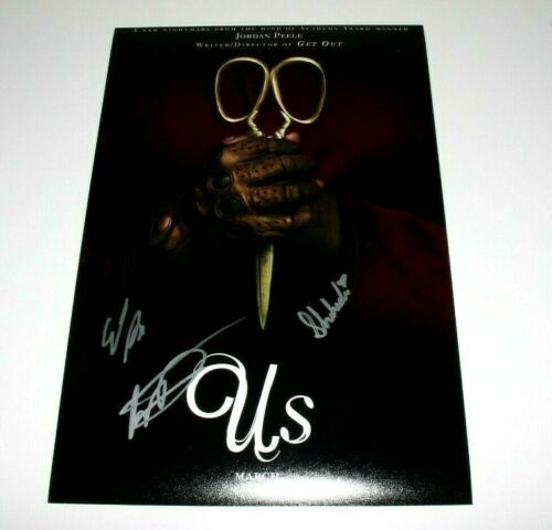 US MOVIE CAST SIGNED 12x18 MOVIE POSTER COA WINSTON DUKE ELISABETH MOSS SHAHADI