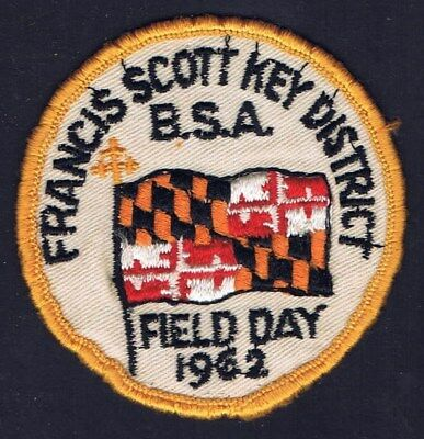 Activity Patch Field Day 1962 Francis Scott Key District YEL Brd WHT Bkg 600036 - Field Day Activities