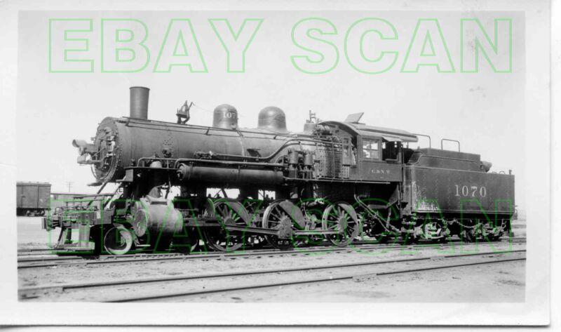 8E384 RP 1930s/40s CHICAGO & NORTH WESTERN RAILROAD 4-6-0 LOCO #1070