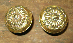 ANTIQUE-PAIR-OF-VICTORIAN-BRASS-FLORAL-REPOUSSE-DOOR-KNOBS