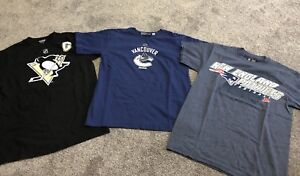 Woman's Sports T-Shirts Size Small