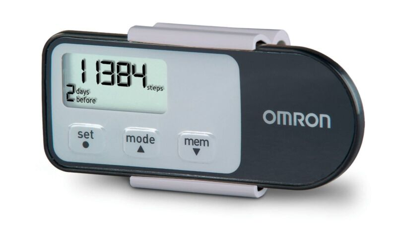 Omron Tri-Axis Pedometer + Aerobic Steps and Calories Black HJ-321