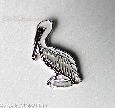 BIRD ANIMAL LIFE PELICAN LAPEL PIN BADGE 1 INCH