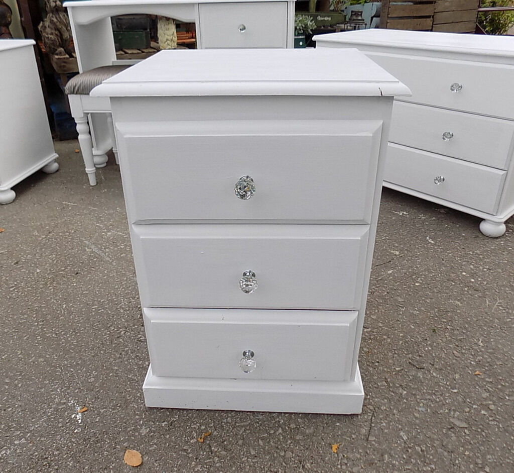Painted White Pine Bedside Table 3 Drawer Chest Bedroom Furniture