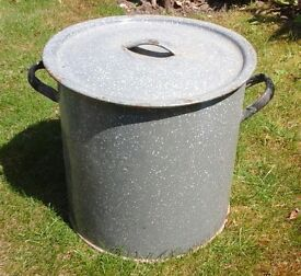 Vintage retro large heavy duty galvanised metal bin with lid