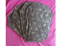 Set Of Four Reversible Place Mats, Table Runner & Wine Bottle Jacket