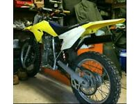 2010 SUZUKI DRZ 125cc In Mint Condition!