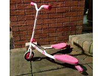 Girls pink and white YFlicker J2