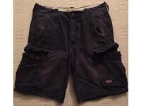Lightly worn Men's Hollister Shorts. Waist 33. Dark Blue