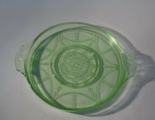 """Cameo Green Domino Tray 7"""" with 3"""" Indentation"""