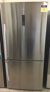 Hisense 520L Fridge and Freezer/12 Months warranty Y065 Yeerongpilly Brisbane South West Preview