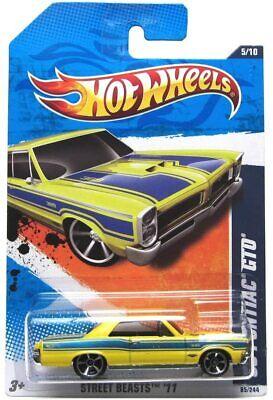 2011 Hot Wheels #85 Calle Beasts '65 Pontiac GTO Amarillo