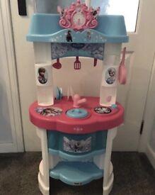 Smoby Frozen Kitchen Set
