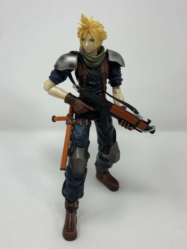 Cloud Strife FFVII Crisis Core Play Arts - Great Condition!
