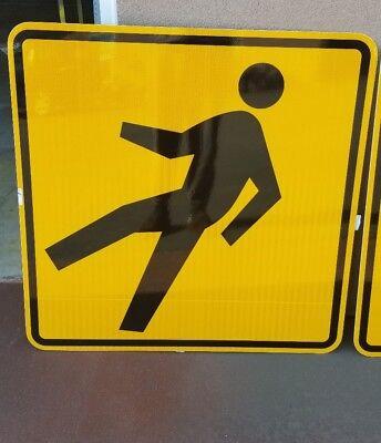 New Pedestrian Crossing  Aluminum California Caltrans Highway Sign Nos 36X36