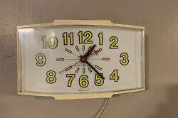 Vintage General Electric Kitchen Yellow Wall Clock #2190 (Electric)