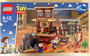LEGO Toy Story Woody's Roundup! 7594 *NEW* *Retired set*
