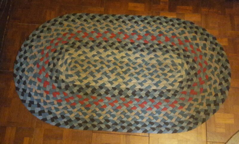 "VINTAGE HANDMADE OVAL BRAIDED RUG  28"" X 48.75"" ◇ VERY CLEAN FABULOUS CONDITION"