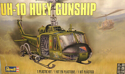 US ARMY UH-1D HUEY GUNSHIP REVELL 1:32 SCALE PLASTIC MODEL HELICOPTER KIT Gunship Model Helicopter