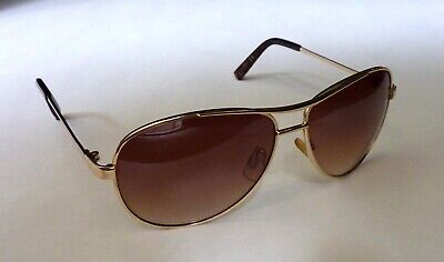 Jessica Simpson Brown Lens in Gold Frame Aviator Style Sunglasses