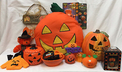 HUGE Pumpkin Halloween Lot 22 Items Decor Light Figure Cookie Cutters Pillow - Pumpkin Halloween Cookies