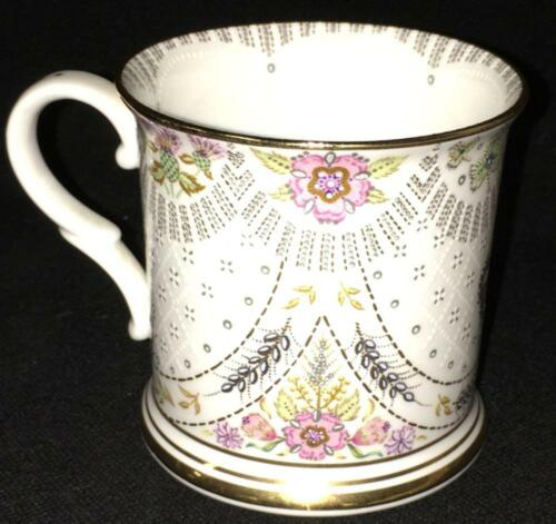 Royal Collection Buckingham Palace 2003 Tea Coffee Mug Bone China England NICE!