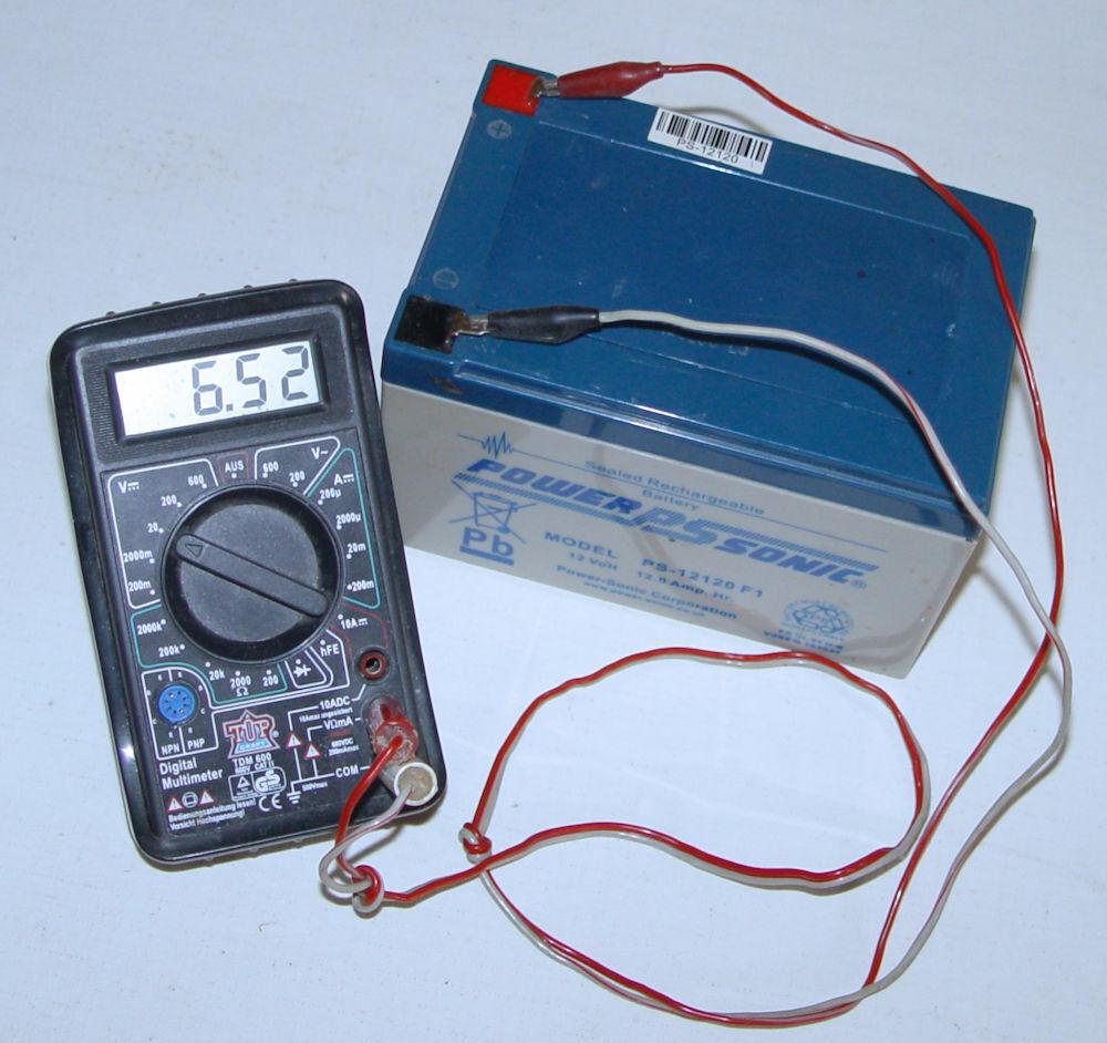 """Akku """"POWER SONIC PS-12120F1 12V 12 Ah"""" /Defekt, Tiefentladen (6,52V)"""