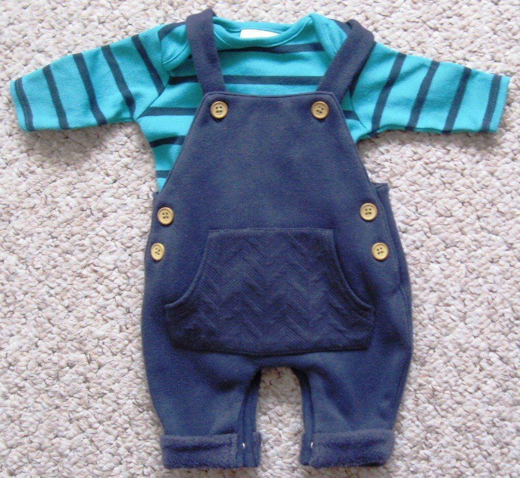 Baby boys clothes - First size and 0