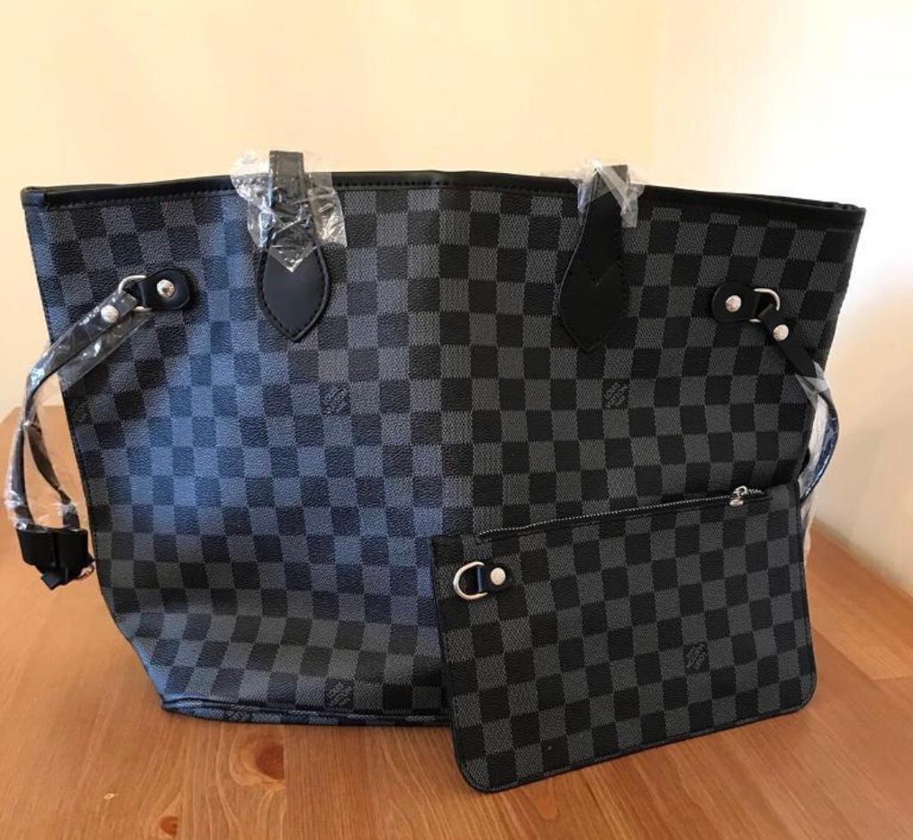 1e35b92444bfc Louis Vuitton shoulder bag with purse LV Grey/black ***LAST ONE ...