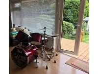 Pearl Export Drum Kit For Sale! Black and Wine red 5 piece drum kit with cymbals and stands!