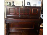 Gorgeous Boyd London piano 🎹