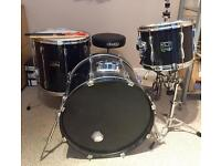 Pearl Export drum kit with stool and cymbal stands