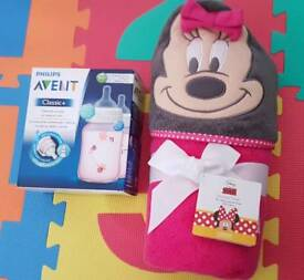 Brand New - baby towel and Philips Avent Classic+ bottles