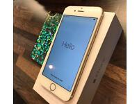 iPhone 6 128GB White Gold Unlocked Box Charger Earphone included. (Small damaged on screen)
