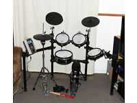 ROLAND V Drums TD-9KX VH-11 SUPERB kit 3 zone ride pedal 99 kits pedal hh stand