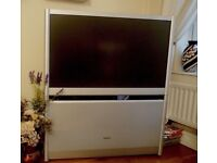 Toshiba 42 inch Projection TV 42WH38B with External Speakers - Excellent Condition