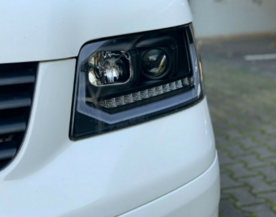 Led Tagfahrlicht Scheinwerfer dynamisch für VW T5 Bus BJ 03 - 09 in Calden