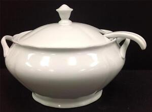 New White Porcelain Large Soup Tureen With Ladle