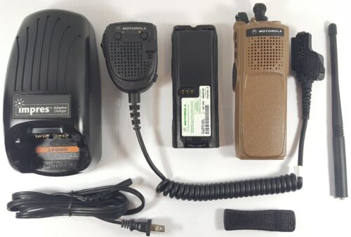 Motorola XTS5000 VHF 136-174 MHz Digital P25 Trunking Two-Way Radio H18KEC9PW5AN