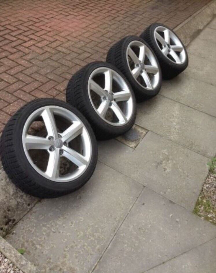 "Audi 18"" S-line wheels with winter tyres"