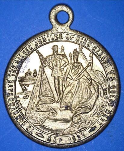 1935 SILVER JUBILEE COMMEMORATIVE KING GEORGE V AND QUEEN MARY - *08411299