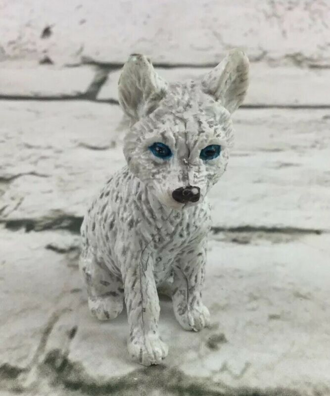 Vintage AAA White Wolf Dog Speckled Rare