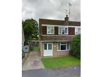 3 bed semi detatched house in Horsham